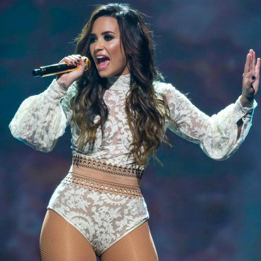 Confident – Demi Lovato